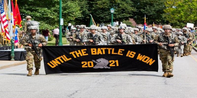 Découvrez l'Afro-américaine de 21 ans qui fait l'histoire de l'Académie militaire américaine (photos)