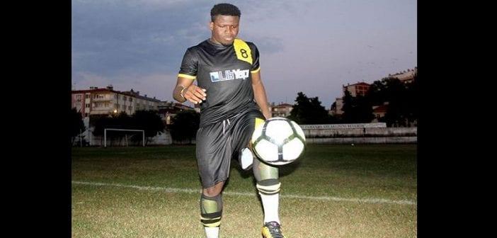 Turquie: un footballeur ghanéen reçoit de l'huile d'olive comme prime de transfert (Photos)