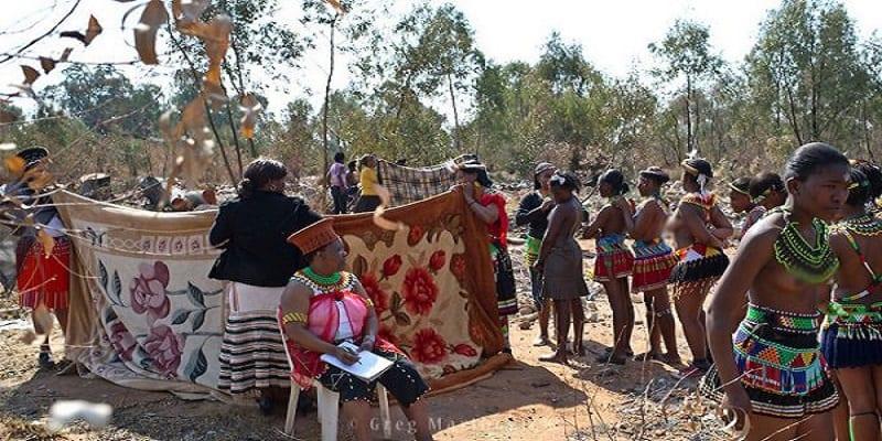 3 rites sexuels étranges pratiqués dans certaines parties du continent africain (photos)