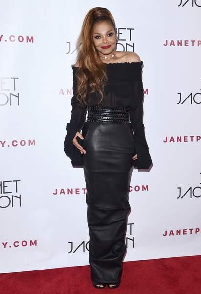 Janet Jackson fait son grand retour après son accouchement