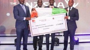 Découvrez ce jeune entrepreneur ivoirien qui enchaîne les prix d'excellence
