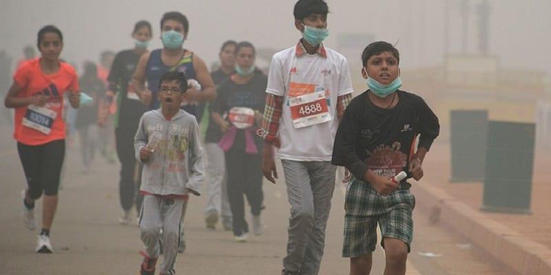 161107150459-new-delhi-smog-1107-02-super-169