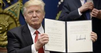 US President Trump swears in General Mattis as US Defense Secretary . DC