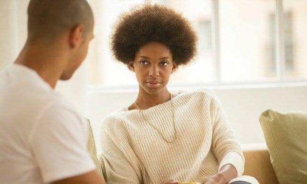 7 plans de drague nuls des hommes pour attirer l'attention d'une femme