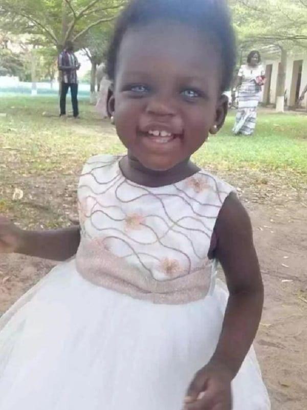 Ghana: Une fillette née avec des yeux bleus traitée de ''sorcière'' (PHOTOS)