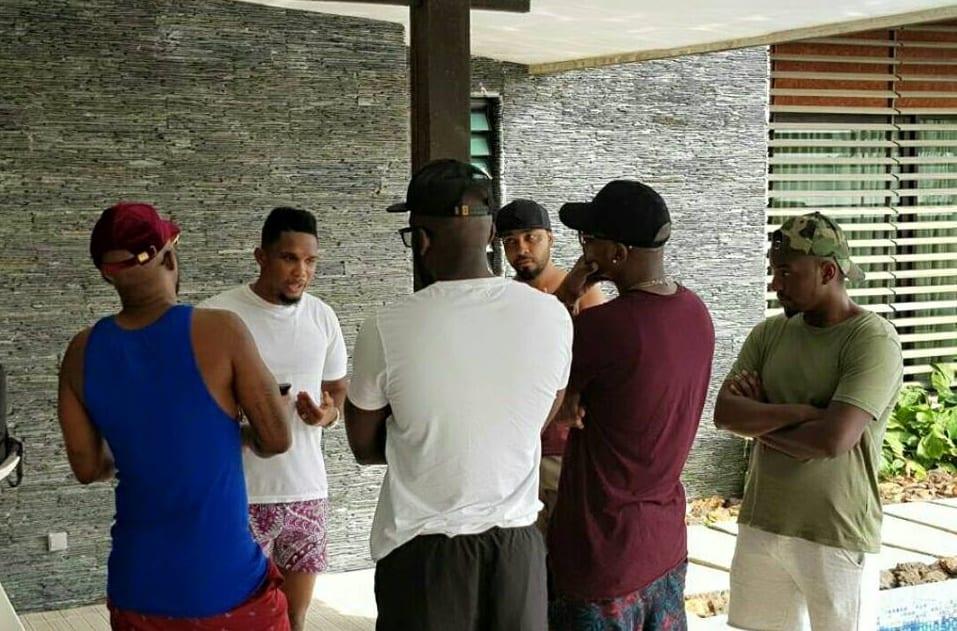 Fally Ipupa, Samuel Eto'o et Didier Drogba se sont rencontrés à Abidjan (photos)