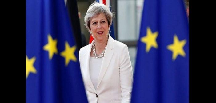 Grande-Bretagne: Theresa May nomme une secrétaire d'État chargée des personnes isolées