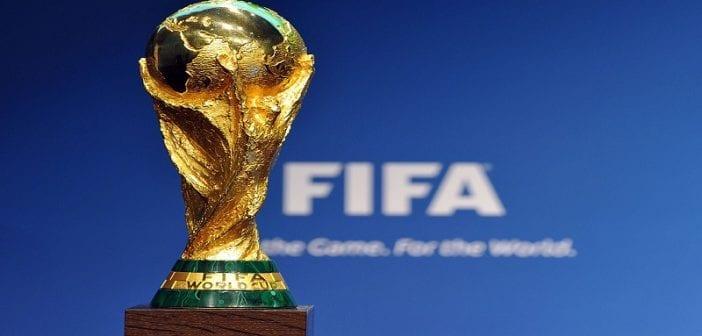 Russie 2018 le s n gal re oit le troph e de la coupe du - Coupe du monde 2018 pays organisateur ...