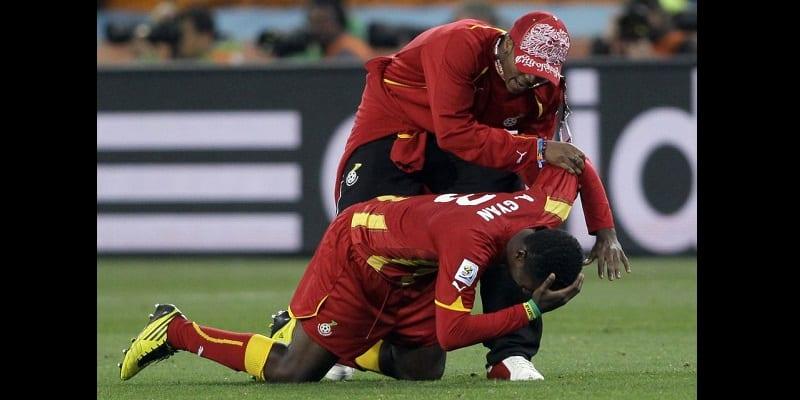 Mondial 2010 asamoah gyan revient sur ce penalty manqu en quart de finale vid o - Penalty coupe du monde 2010 ...
