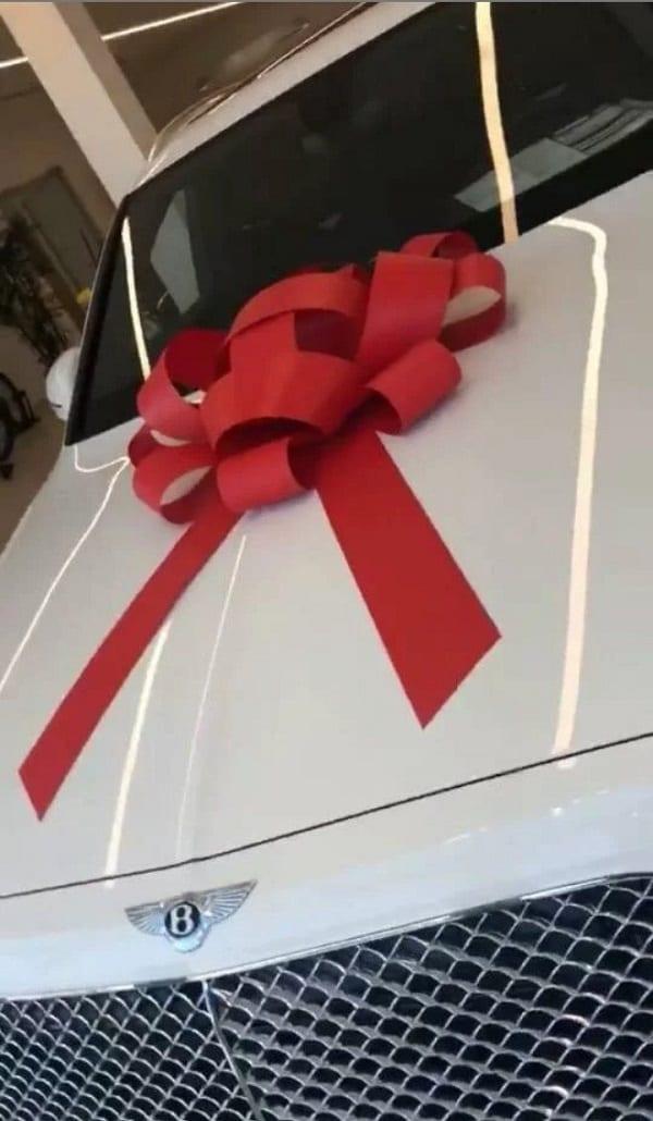 Davido: Découvrez en photos son nouveau Bentley Bentayga 2018 valant 200 000 $