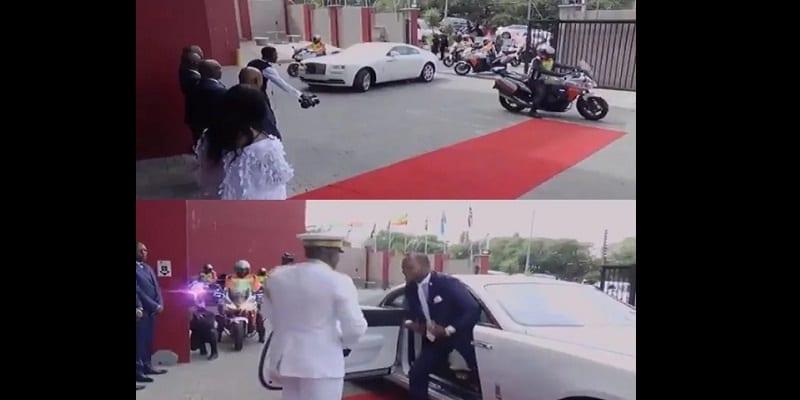 Afrique du Sud: Découvrez l'arrivée de ce pasteur à l'église qui crée la polémique (vidéo)