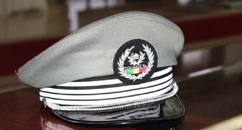 douane-casquette