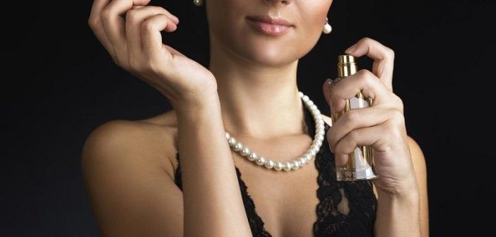 femme-parfum-chic