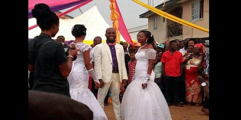Nigéria: Un homme épouse deux femmes à la fois (photos)