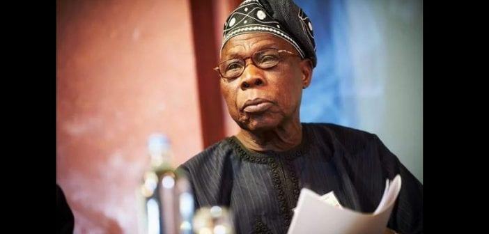 Nigeria: L'ancien président Olusegun Obasanjo menace de se suicider