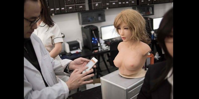 Chine: Des poupées sexuelles parlantes déjà en fabrication (vidéo)