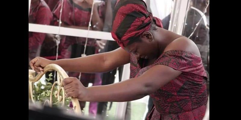 Enterrement d'Ebony: Des milliers de ghanéens répondent présents (vidéo)