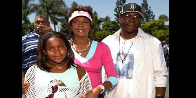 People: l'ex-mari de Whitney Houston, fait une importante révélation sur le décès de la chanteuse (photos)