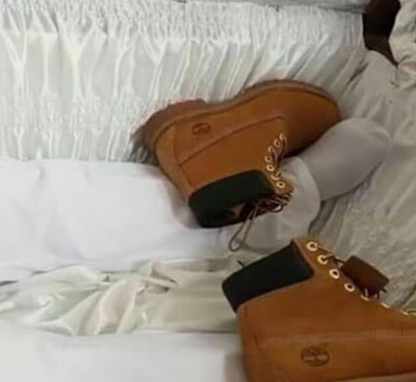 Trinité-et-Tobago: Un millionnaire enterré avec 2 millions $ de bijoux et sa Bentley