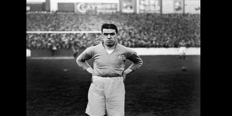Football: 5 joueurs qui n'ont jamais eu de cartons au cours de leur carrière (photos)