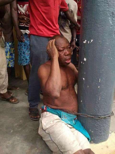 Nigeria: Il viole une fille de 10 ans, la population se déchaîne sur lui (photos)