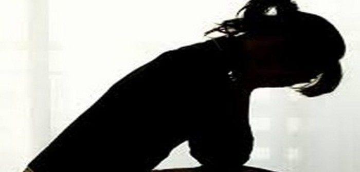 woman-distress-abortion