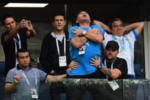 Diego Maradona offre 10 000 dollars pour trouver l'homme qui a a annoncé sa mort