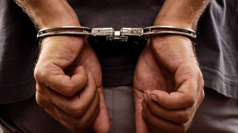 ob_248360_arrestation-d-un-journaliste