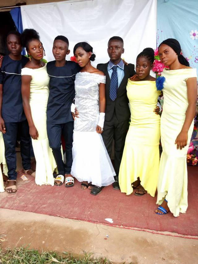 Nigeria: Des élèves de 19 ans se marient en grande pompe (PHOTOS)
