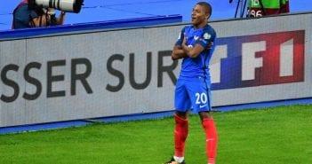 Kylian-Mbappe-lors-de-son-premier-but-avec-l-equipe-de-France.1