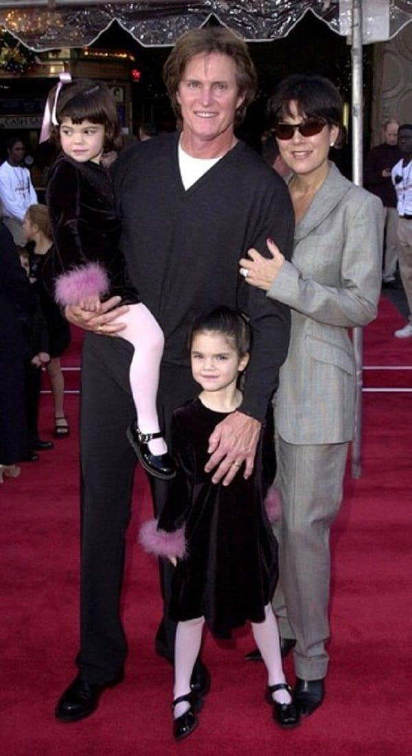 People: Kris Jenner révèle avoir trompé son premier mari, Robert Kardashian