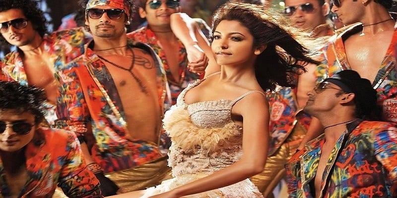 actress-dancing-bollywood-anushka-sharma-movie-stills-ricky-indian-girls-bollywood-actress-models-background-218550