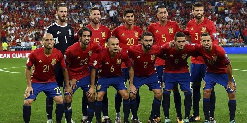 Football suspense termin le nouvel entraineur espagnol - Logo equipe de foot espagne ...