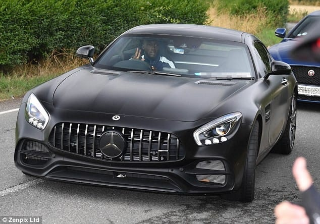 PHOTOS: Romelu Lukaku s'offre une Mercedes AMG-GT Coupé à près de 110.000€