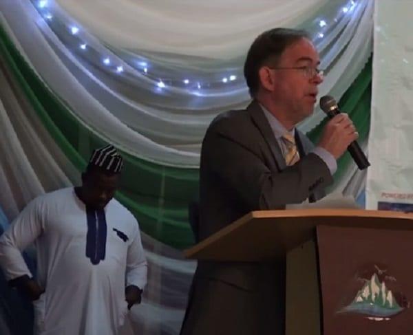 Nigeria: les États-Unis honorent un imam qui a sauvé des chrétiens lors d'un massacre