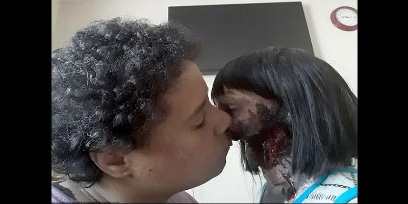 USA: Une adolescente de 19 ans révèle pourquoi elle veut se marier avec sa poupée zombie (photos)