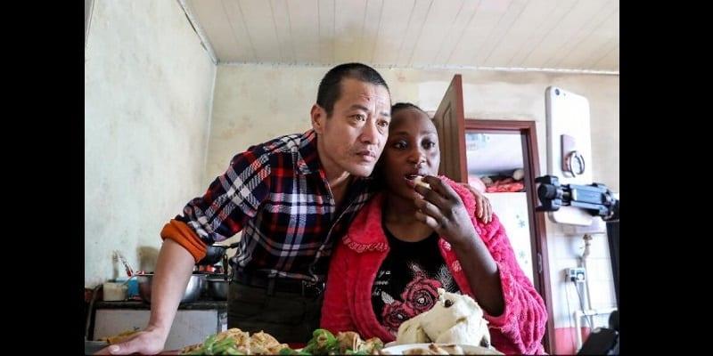 Mariage mixte: Une Camerounaise et son époux font sensation sur la toile (photos)