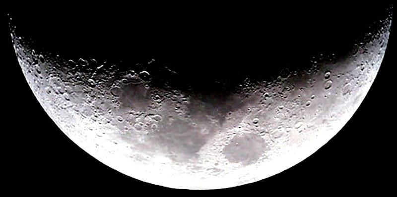 moon_a10