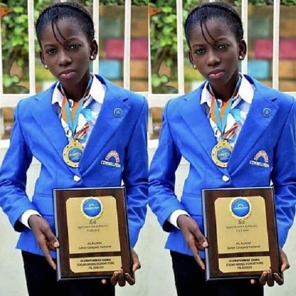 """Inspiration: Idowu, une nigériane de 14 ans au cerveau """"électrique"""""""