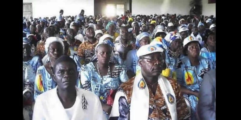 Cameroun Presidentielles Les Candidats Distribuent De L Argent Aux