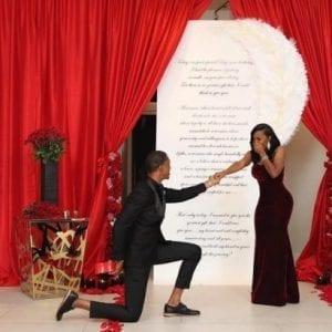 États-Unis: Il fait sa demande en mariage avec six bagues en diamant (photos)