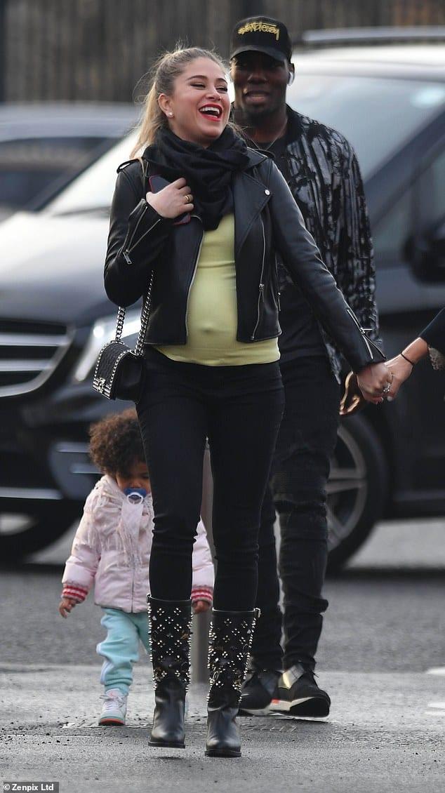 Paul Pogba et sa petite amie seront bientôt parents : photos