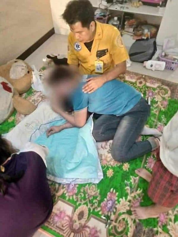 Une jeune mère de 17 ans se réveille et découvre son bébé mort à ses côtés