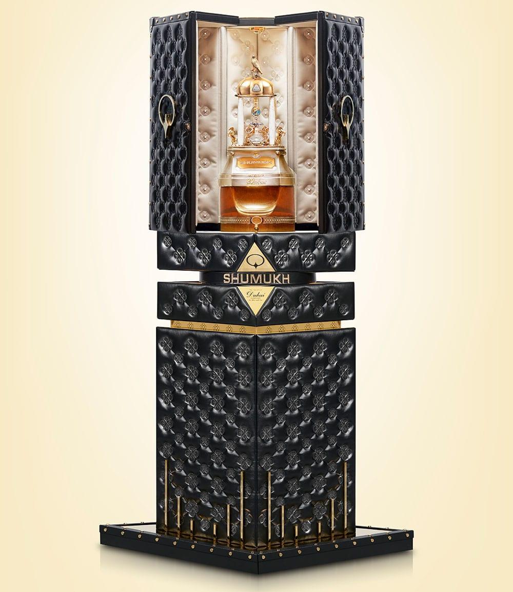 Le prix du parfum le plus cher au monde dévoilé à Dubaï (photos)