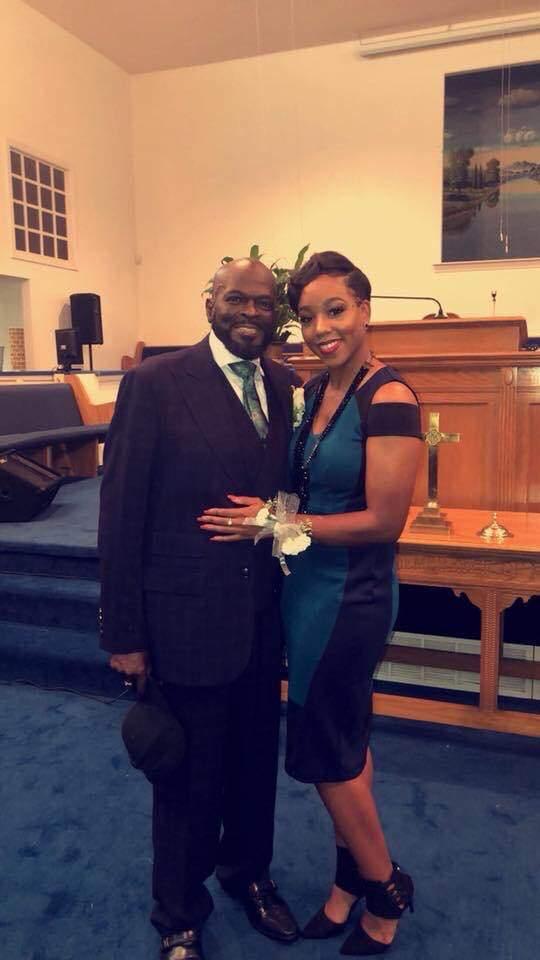 USA: Elle fait don de son rein à l'homme qui l'a adoptée il y a 27 ans