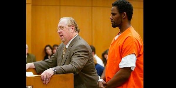 R. Kelly remis en liberté après avoir payé sa pension alimentaire