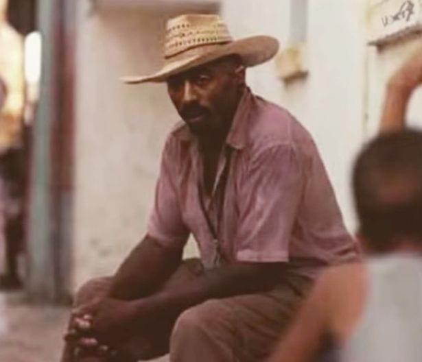 Tupac Shakur en vie ? Une nouvelle vidéo lève le voile sur la mort du rappeur