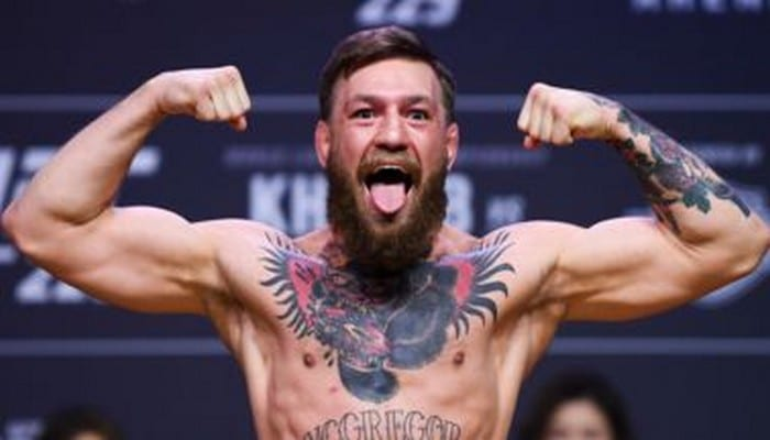ufc-conor-mcgregor-detruit-le-telephone-d-un-fan-et-finit-au-commissariat