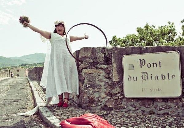 France: Une Australienne tombe amoureuse d'un pont et l'épouse