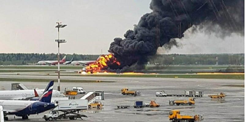 Incendie d'avion à Moscou : deux boites noires retrouvées